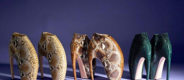 Alexander-McQueen-Armadillo-Boots-Up-For-Auction-To-Support-UNICEF-798x350