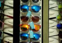 les-lunettes-soleil-auront-encore-cote-cet-ete-plages.png
